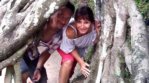 A propos de nous. Thierry et Val au Cambodge