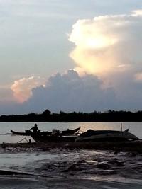 Tonlé Sap le lac du Mékong classé par l'UNESCO. Horizon