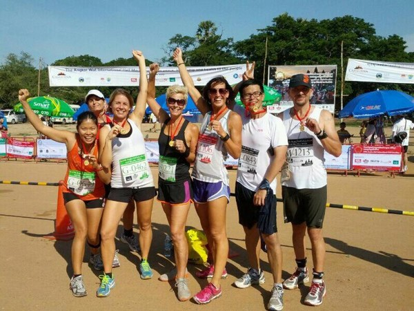 Angkor Wat : semi marathon en terre d'aventure. Photo de groupe