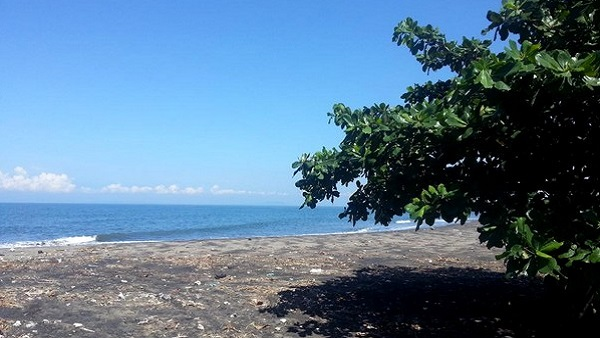 Bali plage : l'ouest, Negara, Medewi, Gilimanuk. Perancak beach