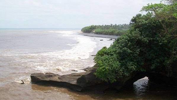 Bali plage : l'ouest, Negara, Medewi, Gilimanuk. Gaja Mina vue sur la mer