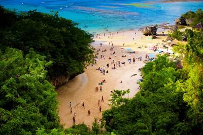 Bali plage : la péninsule, Jimbaran, Bukit, Nusa Dua. Padang Padang beach