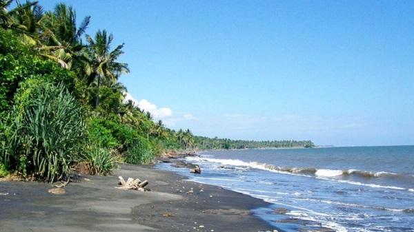 Bali plage : l'ouest, Negara, Medewi, Gilimanuk