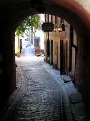 Monastir, Istambul, Pampelune, l'Atlas, Bonifacio, la Suède. Stockholm rue pietonne