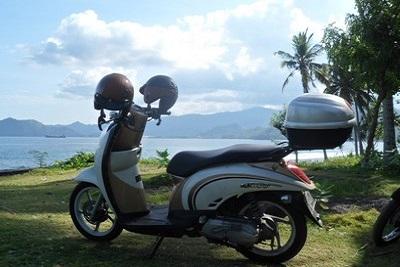 Bali plage : l'est, Padangbai, Candidasa, Amed, Tulamben. Sur la route de l'est