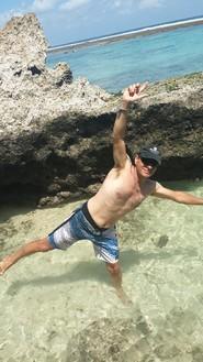 Bali plage : la péninsule, Jimbaran, Bukit, Nusa Dua. Thierry au Finn's club