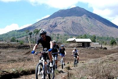 Vivre à Bali : le travail, le logement, la santé, l'argent...Le sport