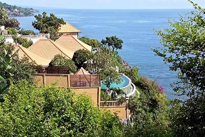 Amed, un coin de paradis sur l'île des Dieux La côte au sud d'Amed Resort