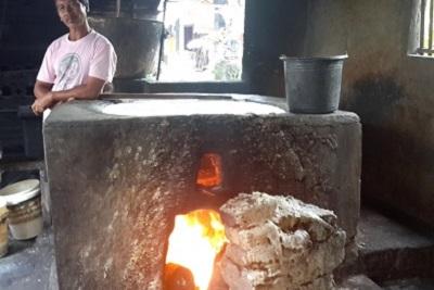Production de tofou, artisanal, à Bali : résultat d'enquête. Le four