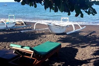 Amed, un coin de paradis sur l'île des Dieux Rivière Les 1001 nuits plage