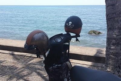 Lovina : plages, spots de plongée, dauphins et cascades Scooter à Lovina
