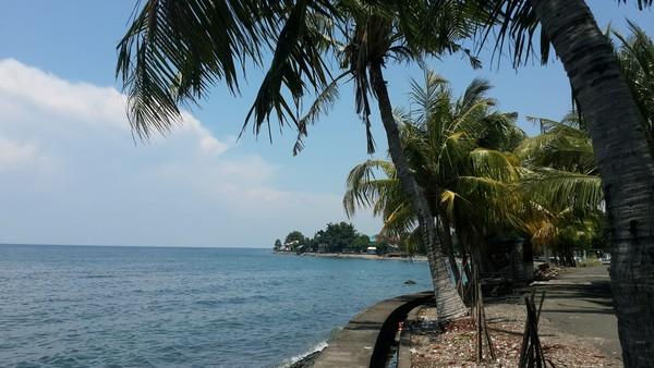 Lovina : plages, spots de plongée, dauphins et cascades Singaraja beach