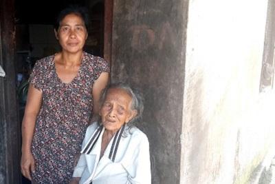 Production de tofou, artisanal, à Bali : résultat d'enquête. Wawan Rain et sa maman