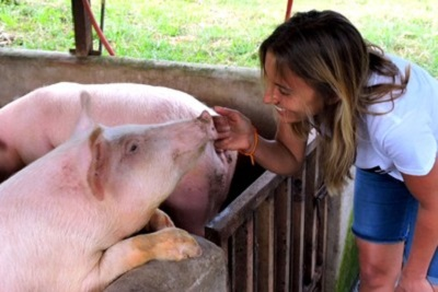 Nadia, journaliste en Corse, ses rêves, son blog, son engagement Nadia et les animaux