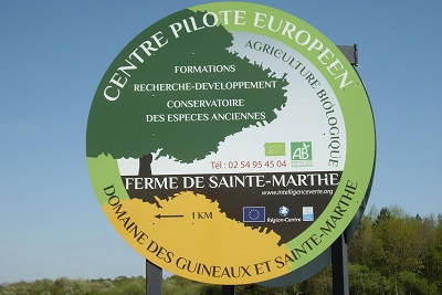 Sainte Marthe, la ferme sans animaux où on cultive le bien-être. Domaine des Guineaux