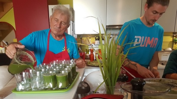 Irène Grosjean, naturopathe et coach en alimentation vivante. Antoine Jean Charles