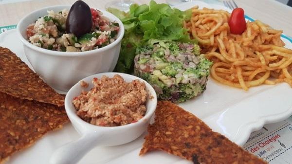 Tendance Crue : vegan raw food in Provence! Assiette découverte
