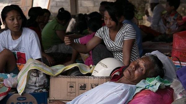 Urgence à Bali, pour les réfugiés 1% d'action sera toujours mieux que 0. Kakek
