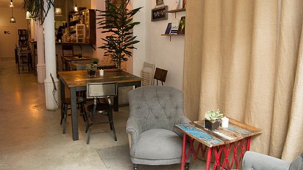 Les adresses véganes préférées de Thibaud du blog Bonjour Barcelone. Café Blue Project
